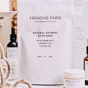 Frenchie-Paris-Natural-Oatmeal-Bath-Soak-With-Epsom-Salt-Coconut-1